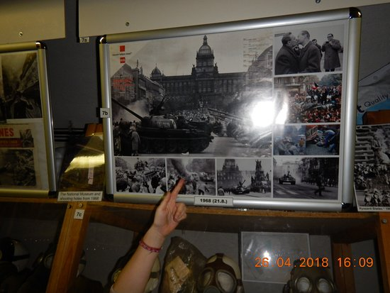 Communism and Nuclear Bunker Tour: Local photos of Revolution