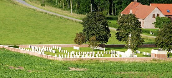 Chester Farm Cemetery