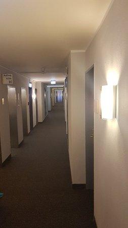 BEST WESTERN Hotel Bremen East: 20180428_203441_large.jpg