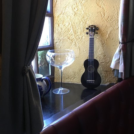Crown Inn: Great Gin Range