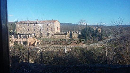 Castel Monastero: panorama