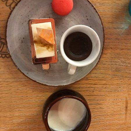 The Kitchen Table : photo1.jpg
