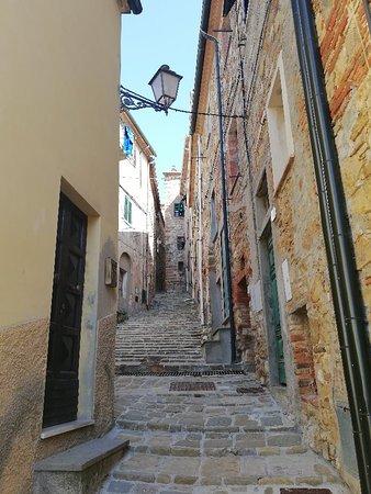 Monteverdi Marittimo, Italy: IMG_20180425_102643_large.jpg
