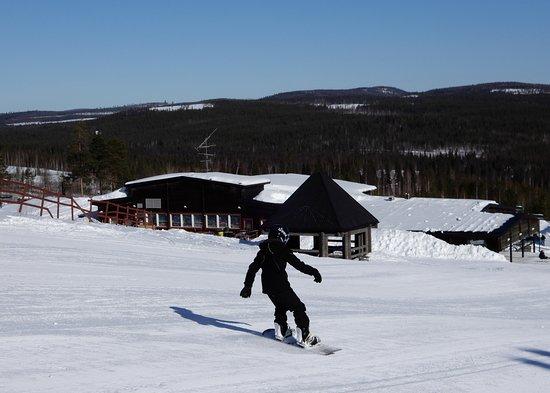 Overtornea, السويد: Svanstein is a snowboarding paradise.