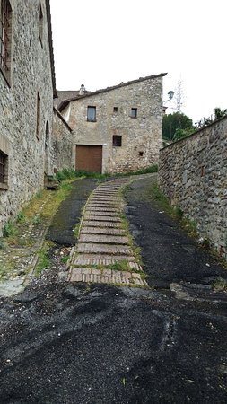 Porta Romana di San Gemini: IMG-20180501-WA0014_large.jpg