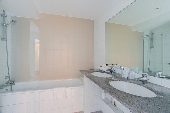 Kyriad mulhouse centre hotel france voir les tarifs for Prix chambre kyriad