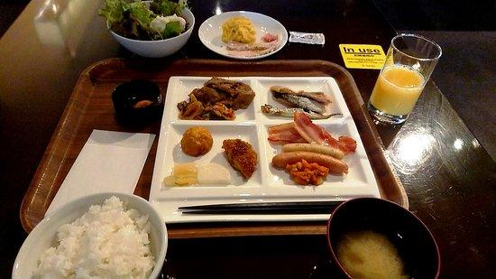 Cross Hotel Sapporo: 朝食ブッフェ