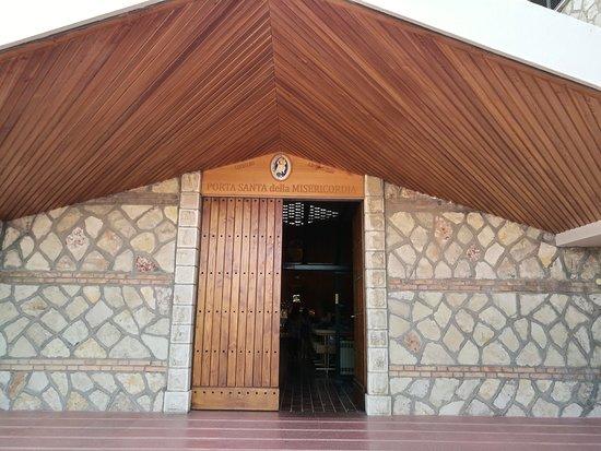 Collevalenza, Italia: Porta Santa