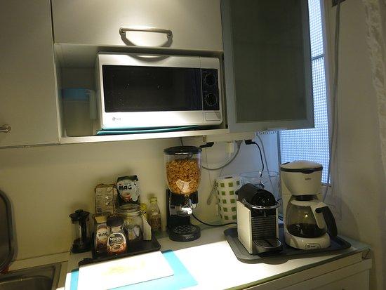 Kitchen: espresso machine, microwave