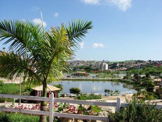 Oliveira, MG: Lago