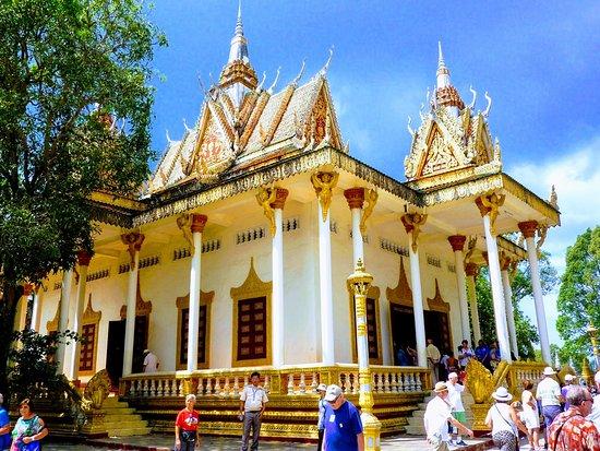Wat Krom Temple