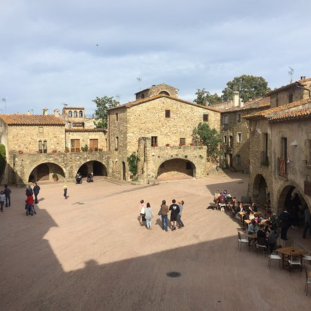 Monells, إسبانيا: photo1.jpg