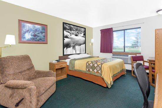 Antigo, Wisconsin: 1 Queen Bed Room