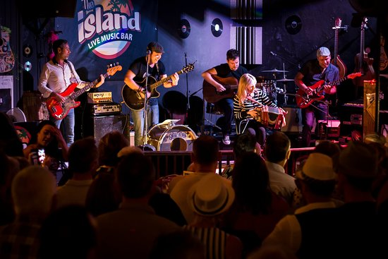 ‪The Island Live Music Bar‬