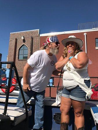 Nashville Party Barge Tour ภาพถ่าย