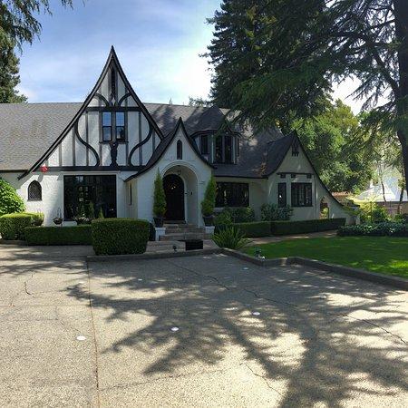 Candlelight Inn Napa Valley : photo0.jpg