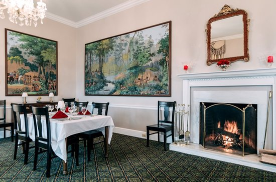 Newport, TN: Dining Room at Christopher Place