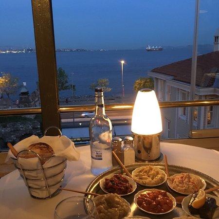Armada Terrace Restaurant Photo