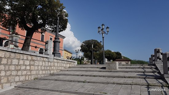 Brienza, Италия: stairs leading to the local square