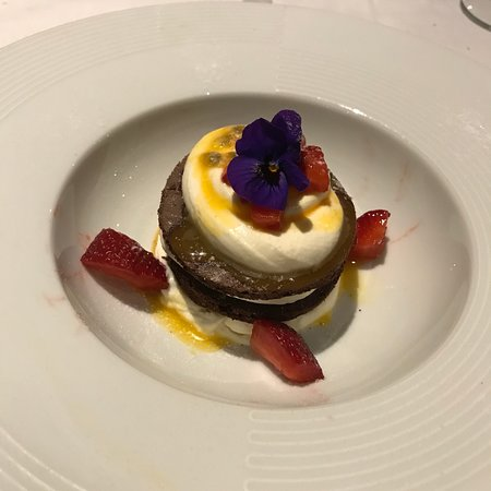 fanti: Cheesecake al cioccolato bianco maracuja e biscotto al cioccolato