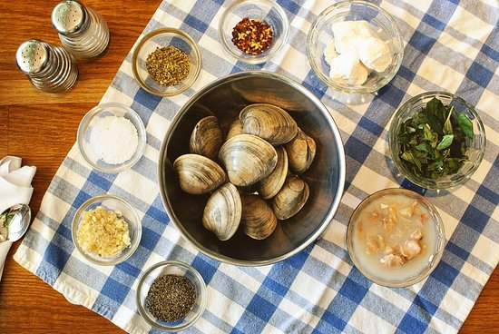 Blue Crab Grill: Clams