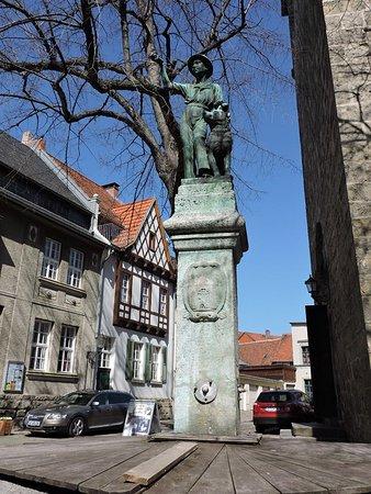 Der Schachtbrunnen