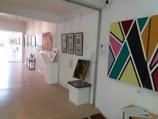 Somerset West, Sydafrika: Exibition African Colours running till the 30th of May