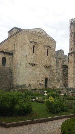 Sant'Angelo dei Lombardi, อิตาลี: Abbazia del goleto