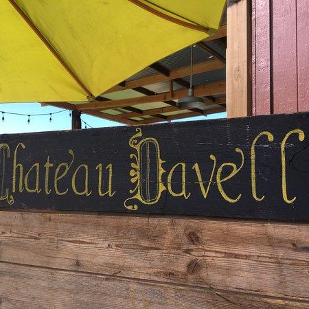 Chateau Davell: photo1.jpg
