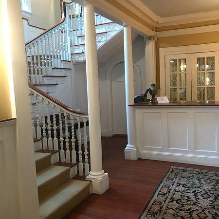 The Manor Inn: photo2.jpg
