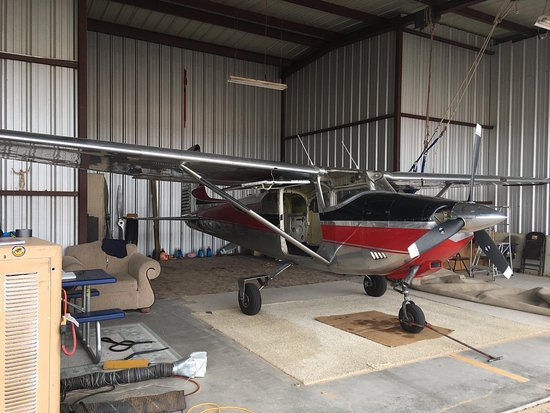 Belen, Nuevo México: They have a Cessna 180!