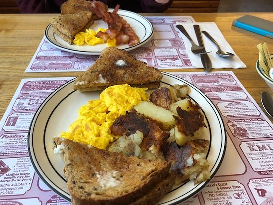 Anthony's Diner: Breakfast was very good