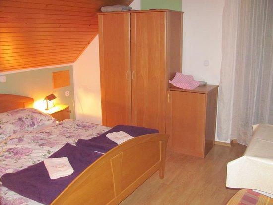 Srednja vas v Bohinju, Slovenia: Room