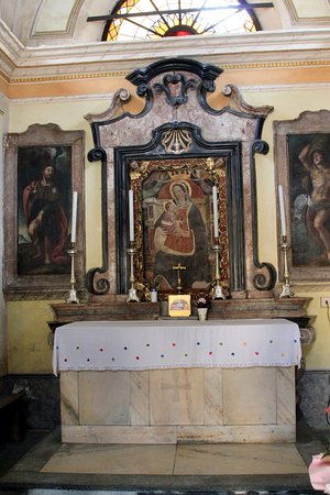 Mergozzo, إيطاليا: santa elisabetta al sasso
