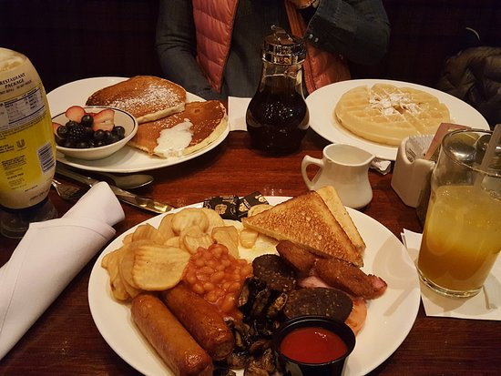 Connolly's Pub & Restaurant: Full Irish Breatfast