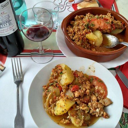 restaurant chiloa gourments dans bayonne avec cuisine autres cuisines europe ennes. Black Bedroom Furniture Sets. Home Design Ideas