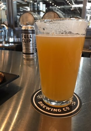 Newington, Nueva Hampshire: Tasty Full Clip!