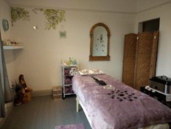 Sunstone Massage Therapies: The clinic