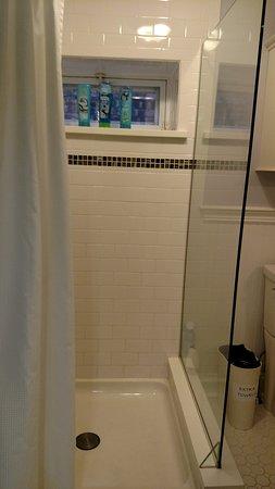 Kingston, NY: Shower with Window