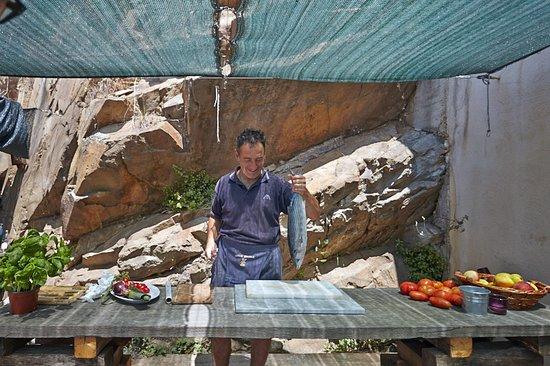 Vetulonia, إيطاليا: Cucina di Andrea's open air kitchen