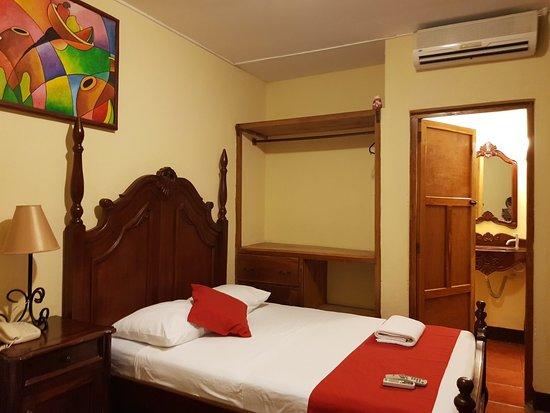 Hotel Real: 20180427_201102_large.jpg
