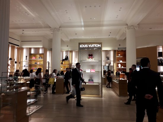 050b57f72324 LV store - Picture of Selfridges