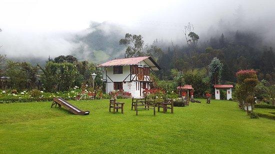 Nono, Ecuador: 20180430_165407_large.jpg