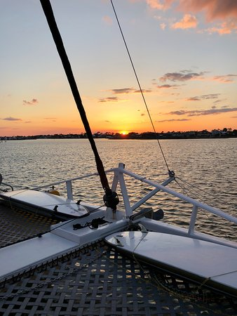 Sail Wild Hearts A Perfect Sunset Cruise