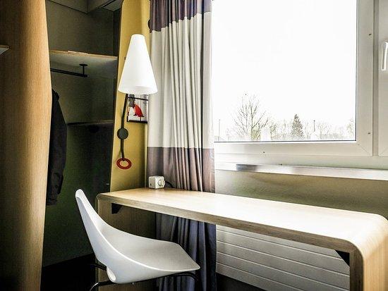 Adliswil, Schweiz: Guest room
