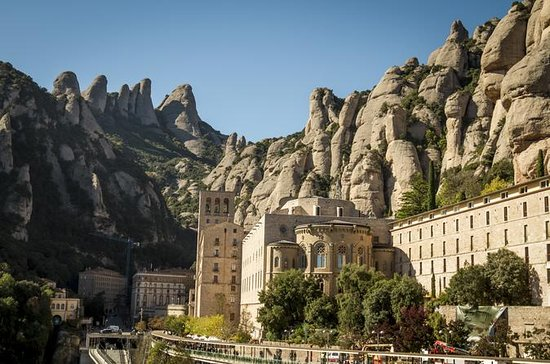 Montserrat and Oller del Mas Winery...
