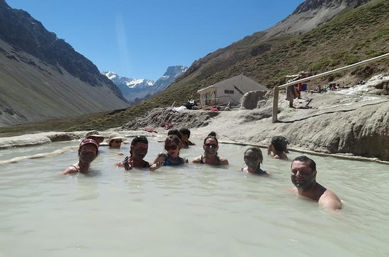 Cajon Del Maipo Trekking Tour with ...