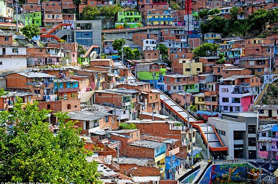 Slum Comuna 13 utvinningsturné