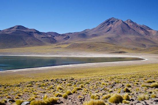 Lagunas altiplanicas com Piedras Rojas