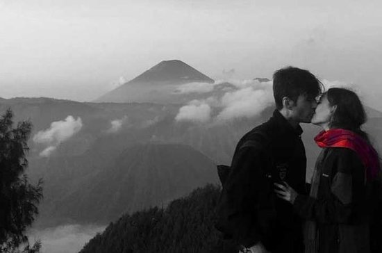 Bromo sunrise tour - start Surabaya...
